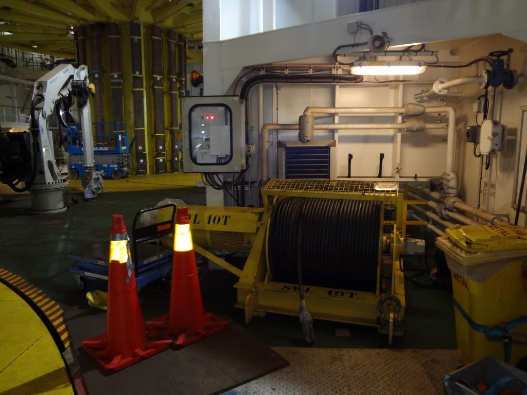Carousel aft 10 ton winch 1